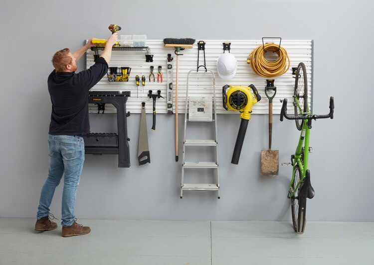 STANLEY® Track Wall System